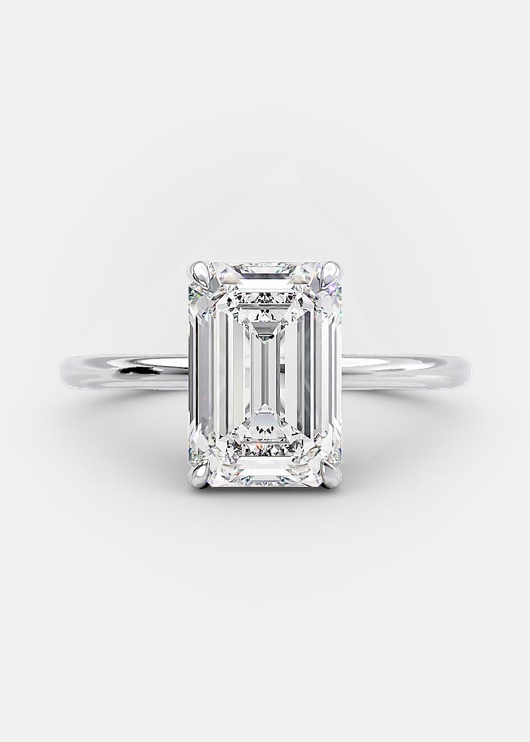 emerald shaped diamond