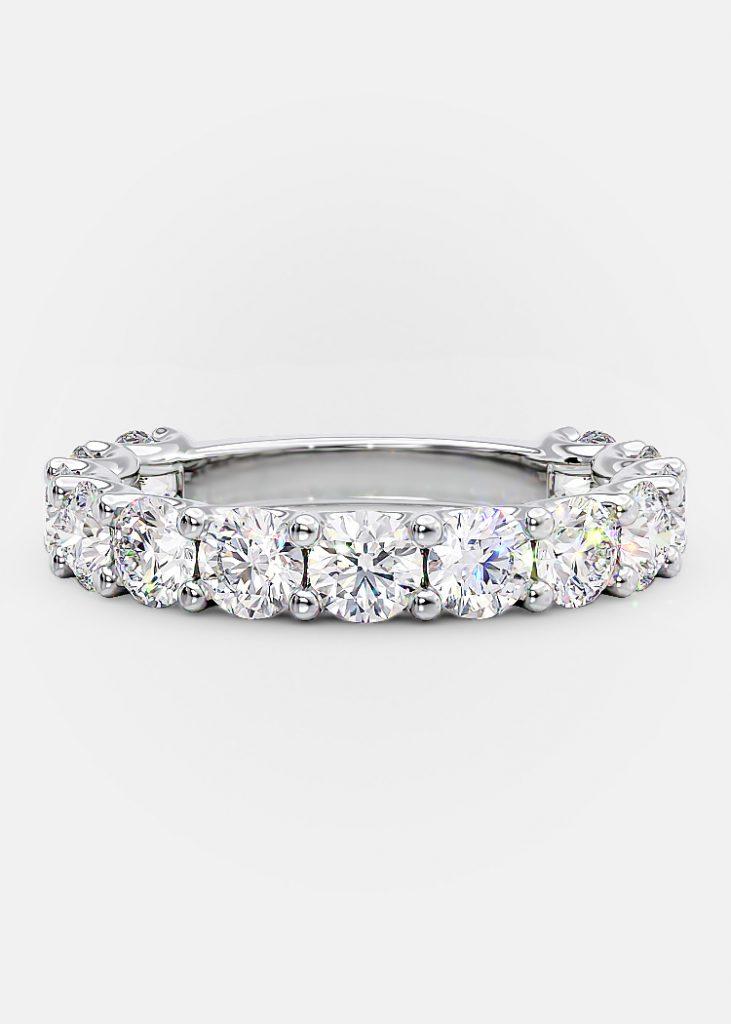 wedding band Round diamonds