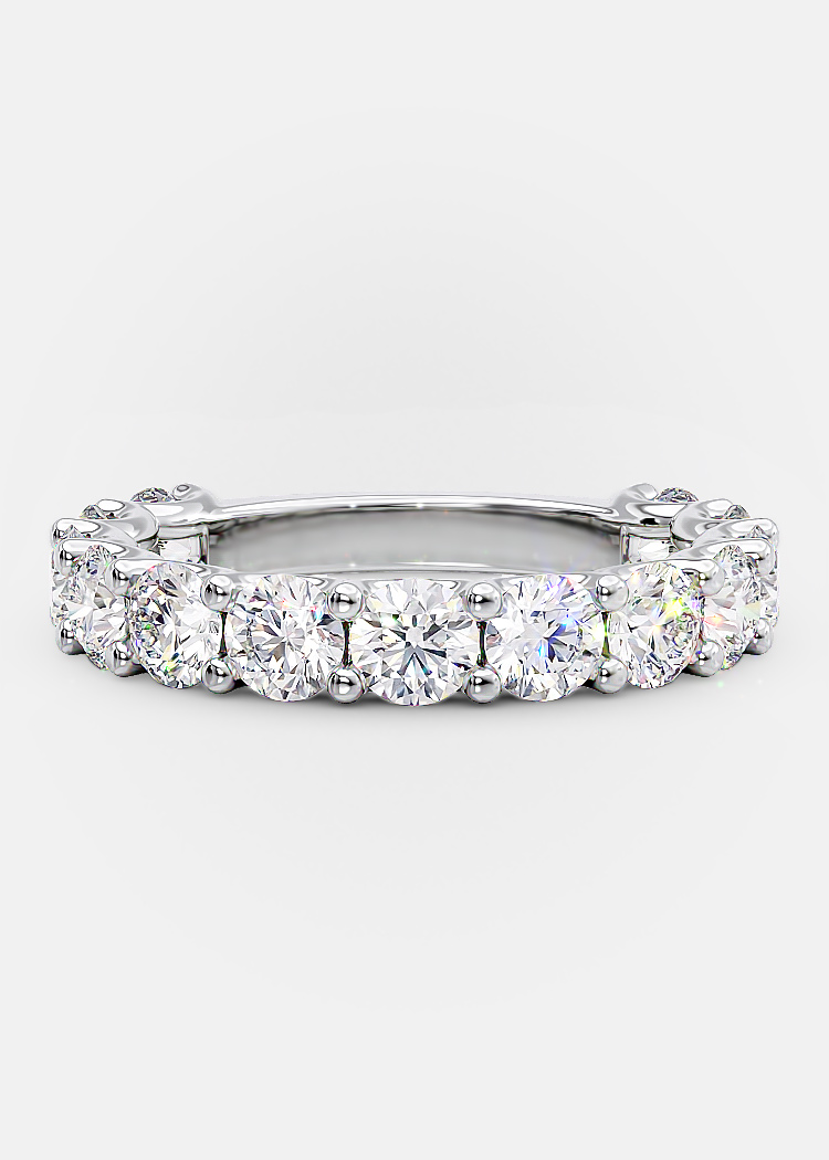 wedding band Round diamonds