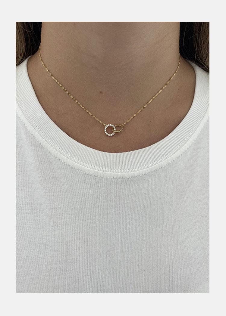 Interlocking Hoop Necklace
