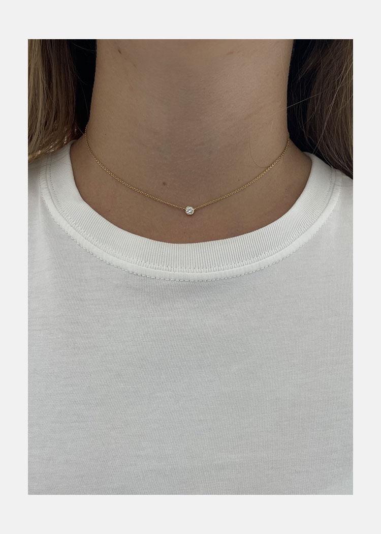 single diamond necklace